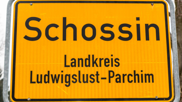 Ortsschild Schossin